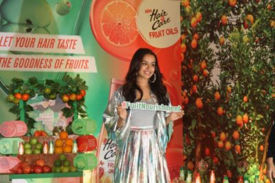 Shraddha Kapoor launches Hair & Care Fruit Oils new products_Bollyworm (10)
