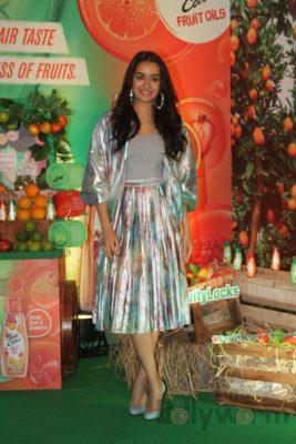Shraddha Kapoor launches Hair & Care Fruit Oils new products_Bollyworm (11)