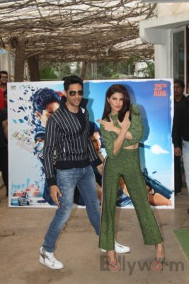 Sidharth and Jacqueline at a special trailer launch of A Gentleman_Bollyworm (11)