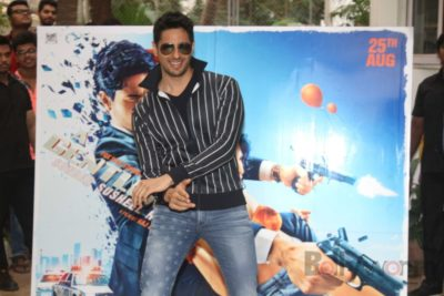 Sidharth and Jacqueline at a special trailer launch of A Gentleman_Bollyworm (24)