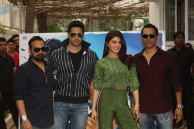 Sidharth and Jacqueline at a special trailer launch of A Gentleman_Bollyworm (3)