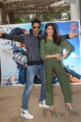 Sidharth and Jacqueline at a special trailer launch of A Gentleman_Bollyworm (8)
