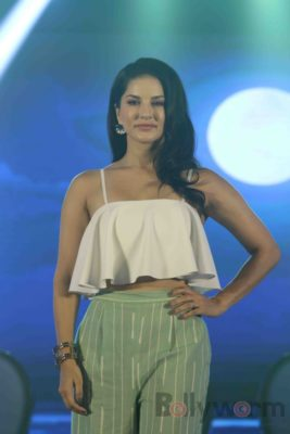 Sunny Leone Brand Ambassador of JAL Water Purifier_Bollyworm (21)