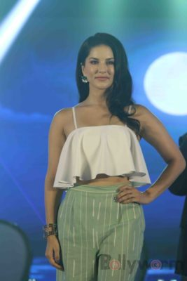 Sunny Leone Brand Ambassador of JAL Water Purifier_Bollyworm (22)