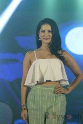 Sunny Leone Brand Ambassador of JAL Water Purifier_Bollyworm (24)