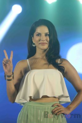 Sunny Leone Brand Ambassador of JAL Water Purifier_Bollyworm (32)