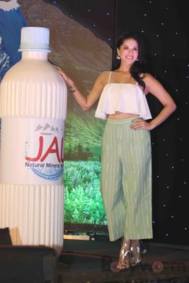 Sunny Leone Brand Ambassador of JAL Water Purifier_Bollyworm (59)