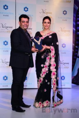 Tabu at the launch of Nizam brand of polki jewellery_Bollyworm (10)