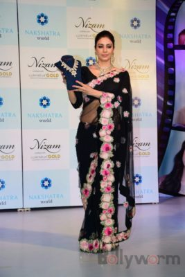 Tabu at the launch of Nizam brand of polki jewellery_Bollyworm (4)