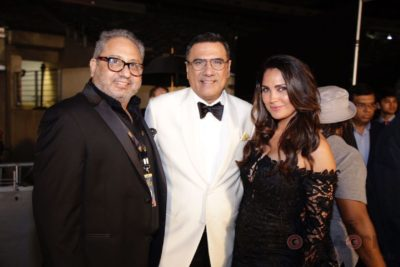 Wizcraft Directior Viraf Sarkari, Boman Irani and Lara Dutta at IIFA Rocks (4)