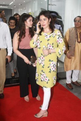 iAzure store launch_Bollyworm (7)