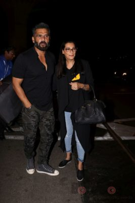 iifa_airport_bollyworm (10)