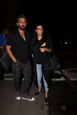 iifa_airport_bollyworm (11)