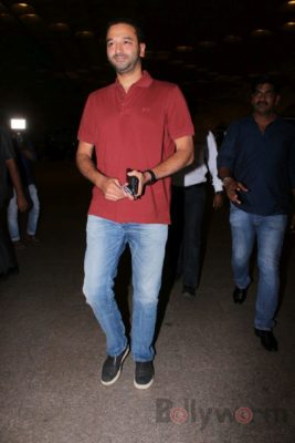 iifa_airport_bollyworm (18)
