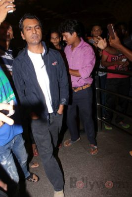 iifa_airport_bollyworm (26)