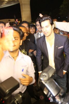 iifa_airport_bollyworm (41)