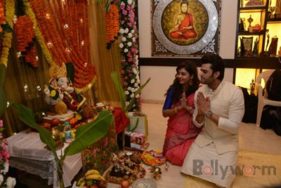 Bollywood Celebs snapped celebrating Ganesh Festival at their homes_Bollyworm (21)