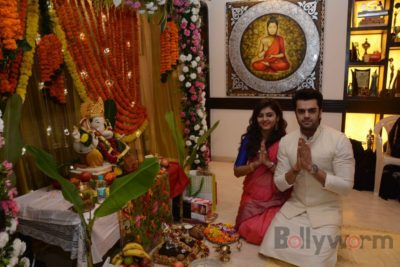 Bollywood Celebs snapped celebrating Ganesh Festival at their homes_Bollyworm (22)