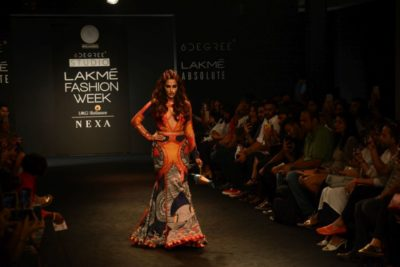 Chitrangada Singh Kalki Koelchin Lakme Fashion Week 2017_Bollyworm (35)