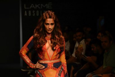 Chitrangada Singh Kalki Koelchin Lakme Fashion Week 2017_Bollyworm (37)