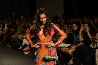 Chitrangada Singh Kalki Koelchin Lakme Fashion Week 2017_Bollyworm (45)
