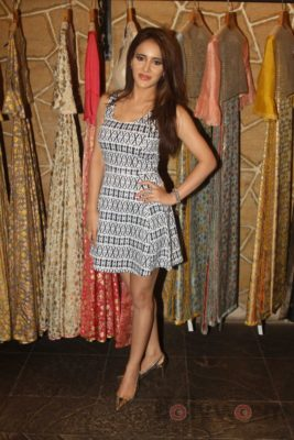 Fusion Fashion line Hue collection_Bollyworm (1)