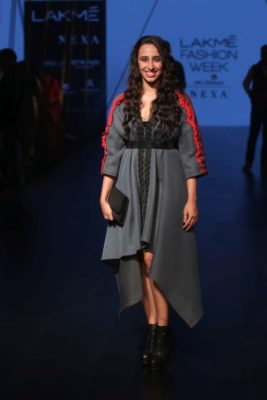 Lakme Fashion Week '17_Bollyworm (29)