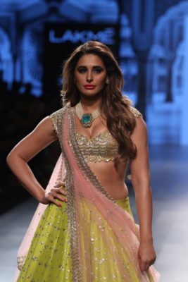Nargis Fakhri Lakme Fashion Week_Bollyworm (18)