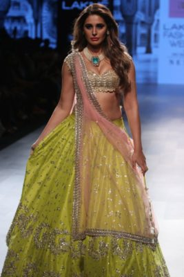 Nargis Fakhri Lakme Fashion Week_Bollyworm (19)