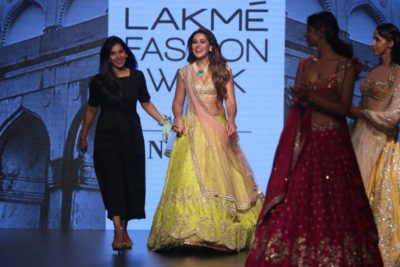 Nargis Fakhri Lakme Fashion Week_Bollyworm (21)