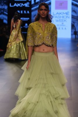 Nargis Fakhri Lakme Fashion Week_Bollyworm (4)