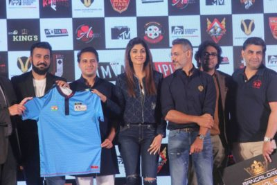 Shilpa Shetty Indian Poker League_Bollyworm (1)