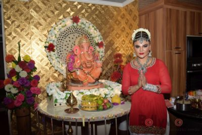 TV actors celebrate Ganesh Chaturthi at their home!_Bollyworm (1)