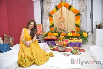 TV actors celebrate Ganesh Chaturthi at their home!_Bollyworm (16)