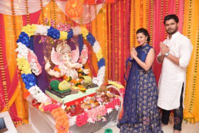 TV actors celebrate Ganesh Chaturthi at their home!_Bollyworm (3)