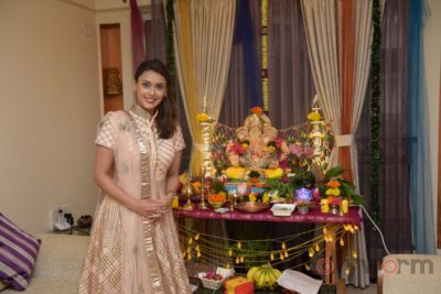 TV actors celebrate Ganesh Chaturthi at their home!_Bollyworm (6)