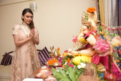 TV actors celebrate Ganesh Chaturthi at their home!_Bollyworm (8)