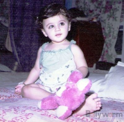 Taapsee Pannu Childhood Pictures_Bollyworm (8)