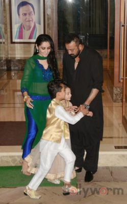 BhoomiFamilyPromomtions_Bollywoorm (3)