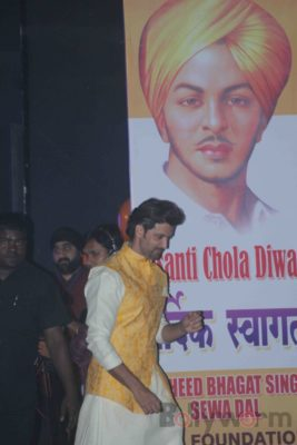 Hrithik Roshan Bhagat Singh 110th Birth Anniversary Bollyworm (16)