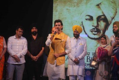 Hrithik Roshan Bhagat Singh 110th Birth Anniversary Bollyworm (22)