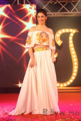 Julie2PromotionsRaaiLaxmi_Bollyworm (17)