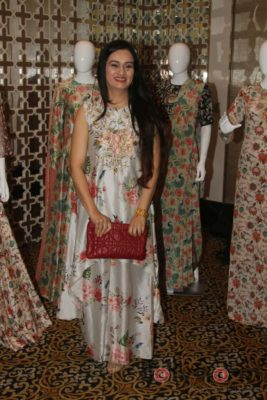 PayalDesignerNewCollection_Bollyworm (12)