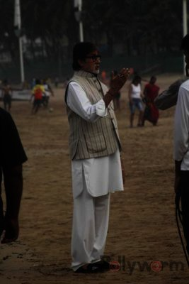 Amitabh Bachchan Cleanliness Drive NDTV-Bollyworm (14)
