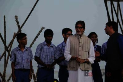 Amitabh Bachchan Cleanliness Drive NDTV-Bollyworm (8)