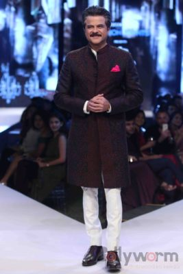 Anil Kapoor turns showstopper-Bollyworm (13)