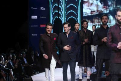 Anil Kapoor turns showstopper-Bollyworm (15)