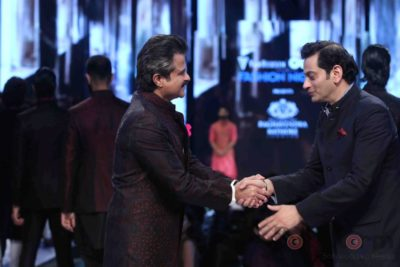 Anil Kapoor turns showstopper-Bollyworm (17)