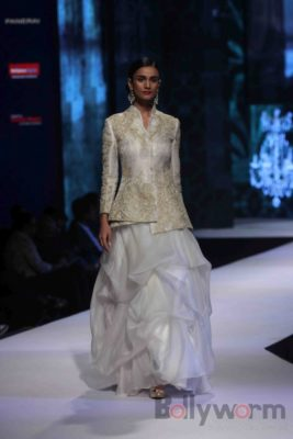 Anil Kapoor turns showstopper-Bollyworm (28)