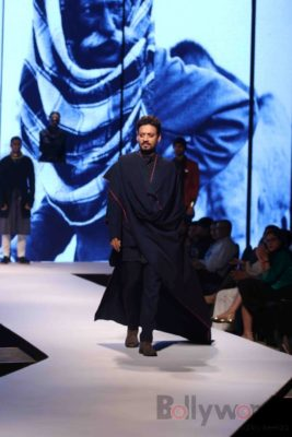 Irrfan Khan showstopper at Van Heusen GQ Fashion Nights 2017 Bollyworm (14)